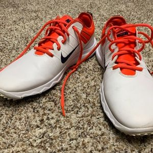 Nike White With Red Shoes Size 10